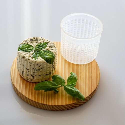 Forma do sera okrągła, fi 7,5 cm na 250 g